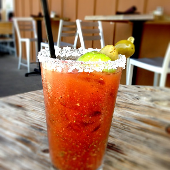 Hot Hot Mary - Solace & The Moonlight Lounge, Encinitas, CA