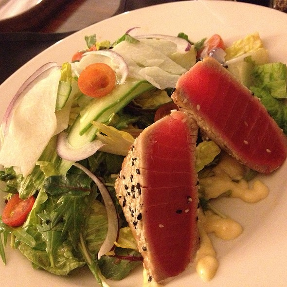 Seared Ahi Salad - Omaha Steakhouse - Phoenix, Phoenix, AZ