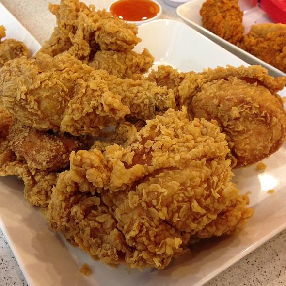 KFC | เคเอฟ�...