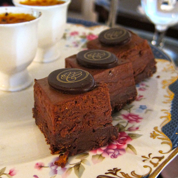 petite chocolate cake @ Carcosa Seri Negara Kuala Lumpur