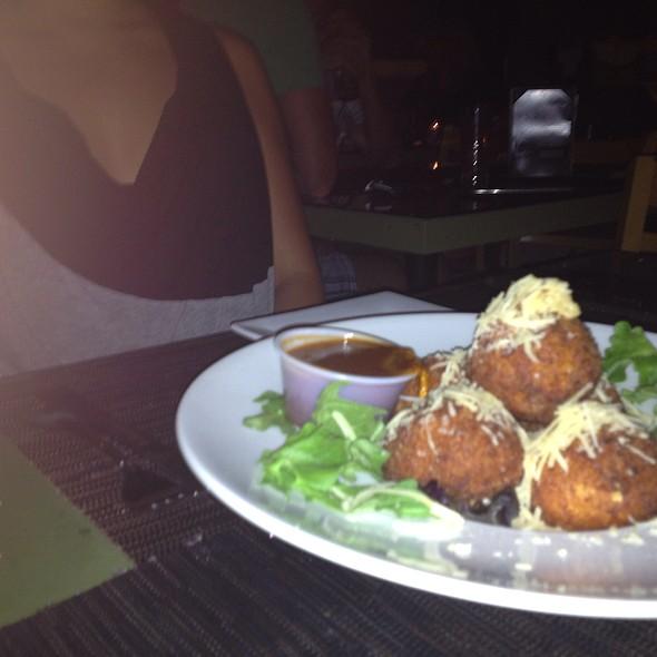 mac and cheese balls - Paradise Restaurant and Bar, Long Beach, CA