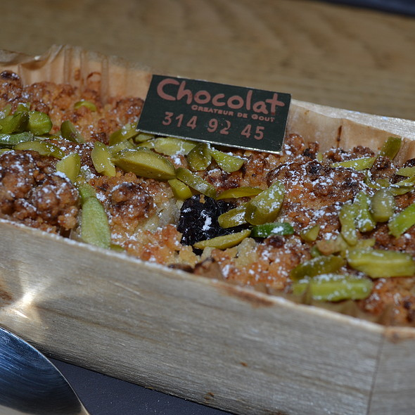 Cherry Crumble with Pistachio at Boutique-Restaurant Chocolat in ...