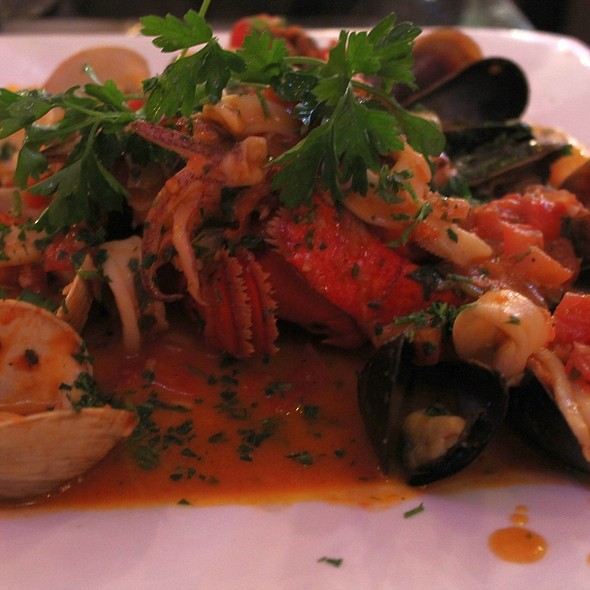 Zuppa Di Pesce @ Flavio's Brick Oven and Bar