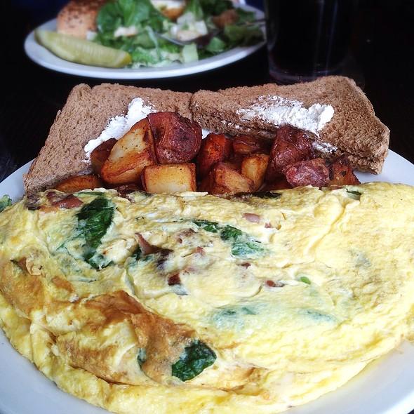 Avocado BLT Omelette