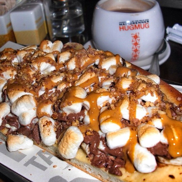 "Chocolate Pizza With ""The Works"" @ Max Brenner"