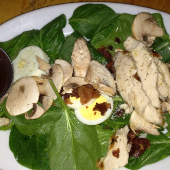Grilled Chicken Spinach Salad - Colore Italian Restaurant & Pizzeria, Englewood, CO