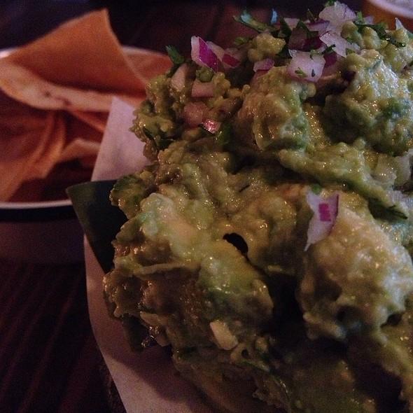Made-To-Order Guacamole @ Bar Amá