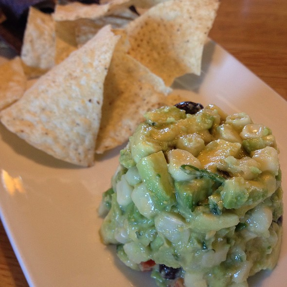 Guacamole @ California Pizza Kitchen