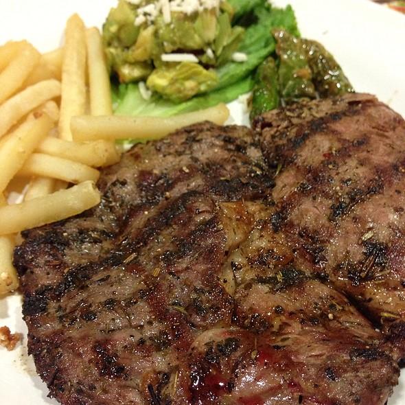 carne asada @ Vips Madero