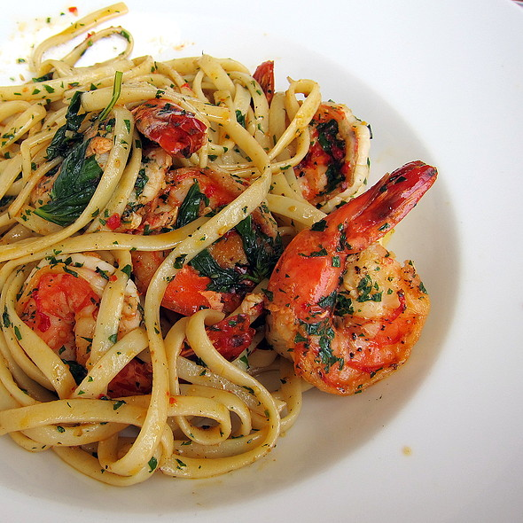 Spicy Tiger Prawns Linguini @ Dunbar House