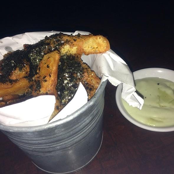 Nori Wedges With Wasabi Mayo Dip