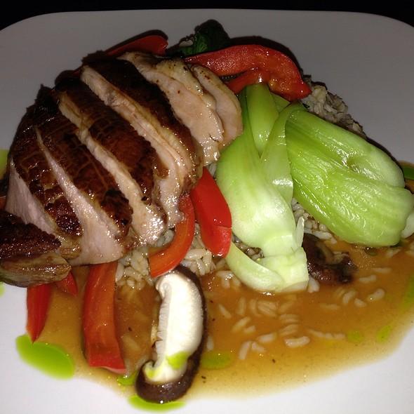 Seared Duck - Kindee Thai Restaurant, Minneapolis, MN