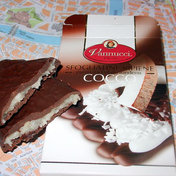 Vannucci Coconut Chocolate Bar  @ Palombi