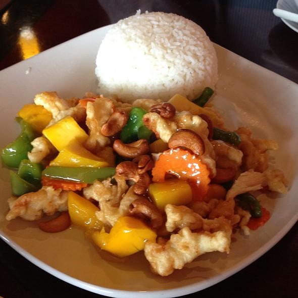Crispy Mango Chicken @ Thai Blossom