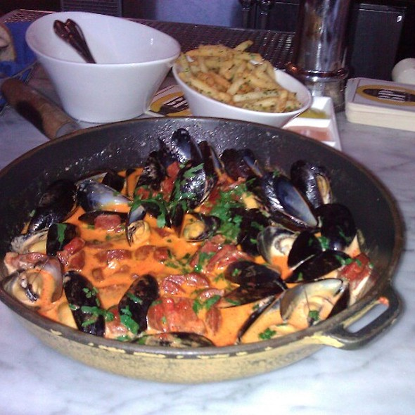 Mussels In Fennel And Chorizo @ Brasserie Beck - French Belgian cuisine