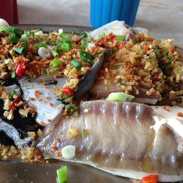 Steam Fish Head @ Chong Yen (Steam Fish) Food Stall