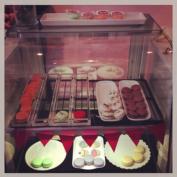 Macarons @ The Wedding Cake Shoppe