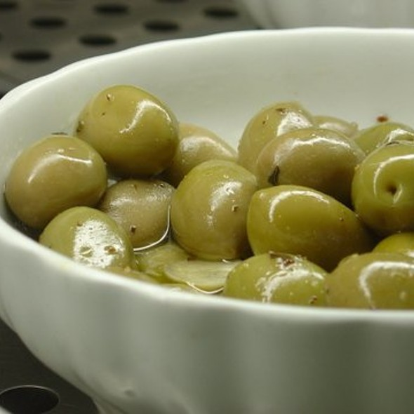 Olives @ La Bomba
