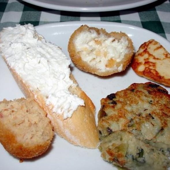 Various Cichetti