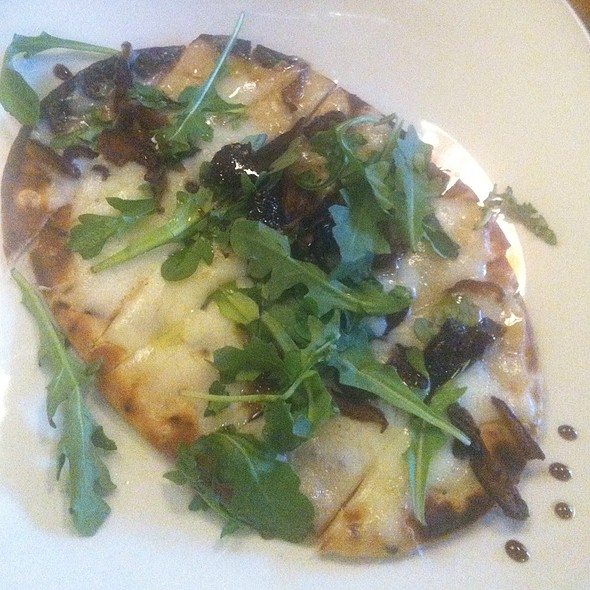 Flatbread Pizza @ Postmasters Grill