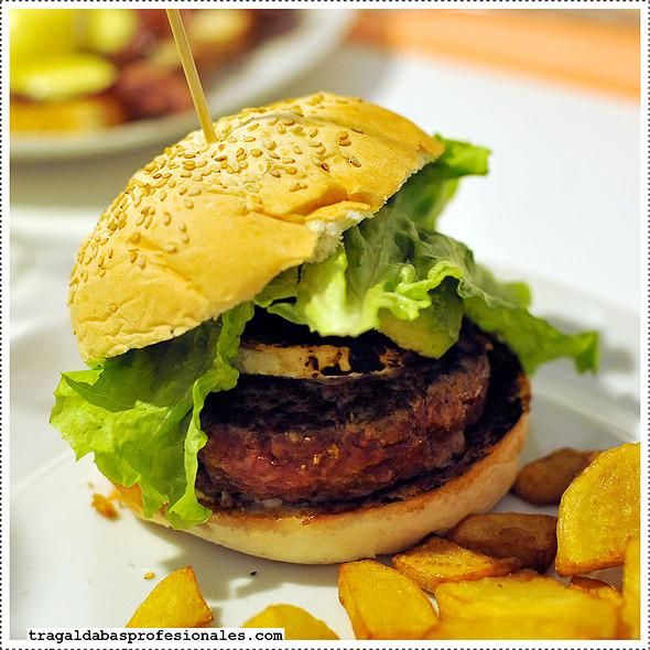 Tucson burger @ Carmencita Bar