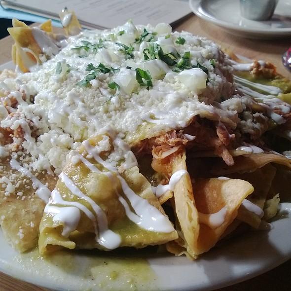 Chilaquiles Verdes @ Silver Dollar