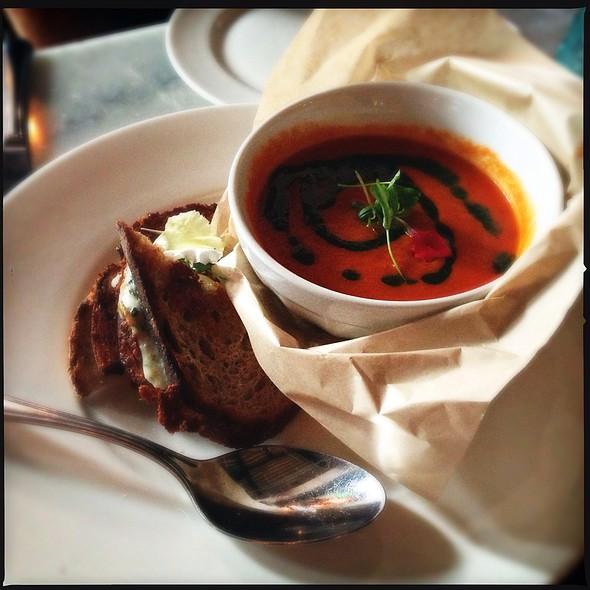 Triple Cheese Toast + Tomato Tarragon Soup @ Searsucker Restaurant & Bar