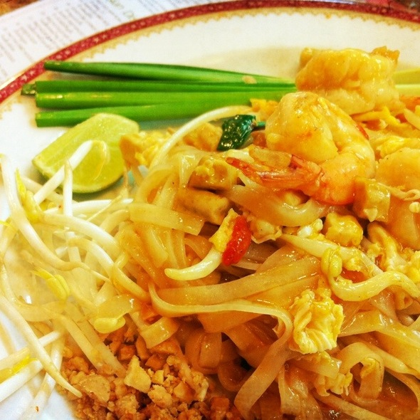 Pad Thai @ Took Lae Dee