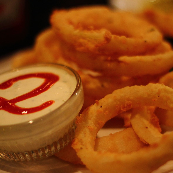 2nd  St's Famous O-Rings @ Second Street Restaurant