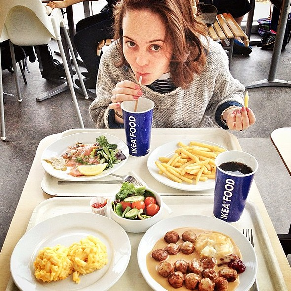 The @DesignbyIKEA bistro is like heaven on its best day . Feasting with @kikiliricci @ IKEA