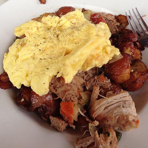 Tomato Braised Pork Hash @ Francesca's Forno