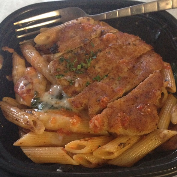 Penne Rosa With Parmesan Crusted Chicken @ Noodles & Company
