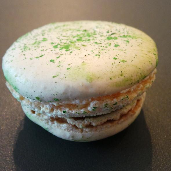 Matcha Macaron @ Pierre Ledent Chocolates