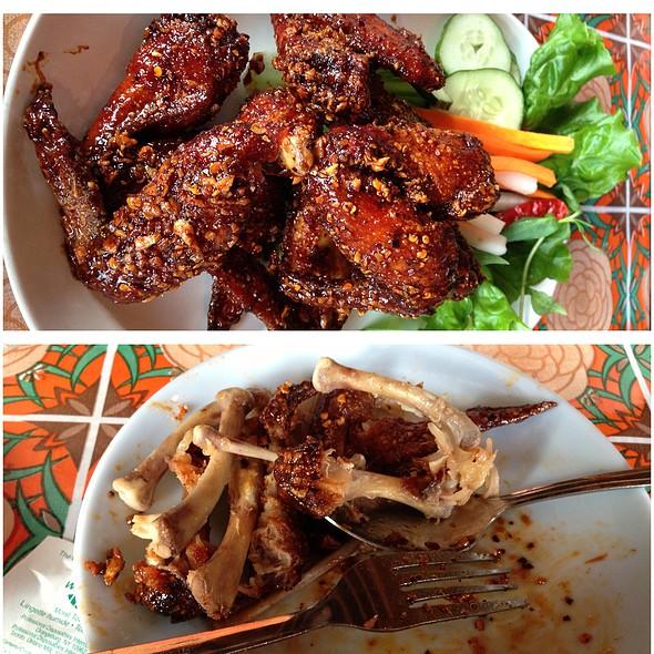 Ike's Vietnamese Fish Sauce Wings @ Whiskey Soda Lounge