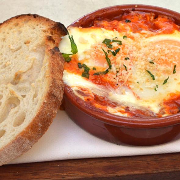 Huevos Madrilenos