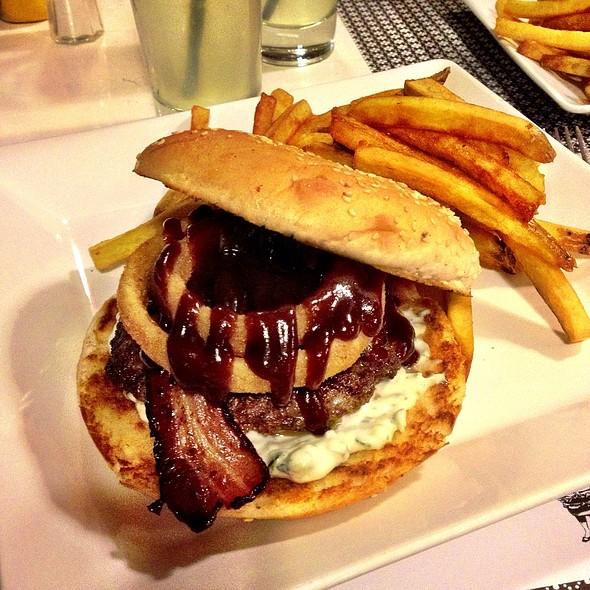 Hamburguesa Juicy Lucy @ La Burguesía
