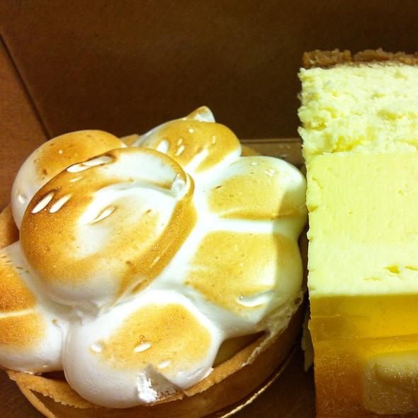 Lemon Meringue Tart @ Giovane Cafe @ Fairmont Pacific Rim