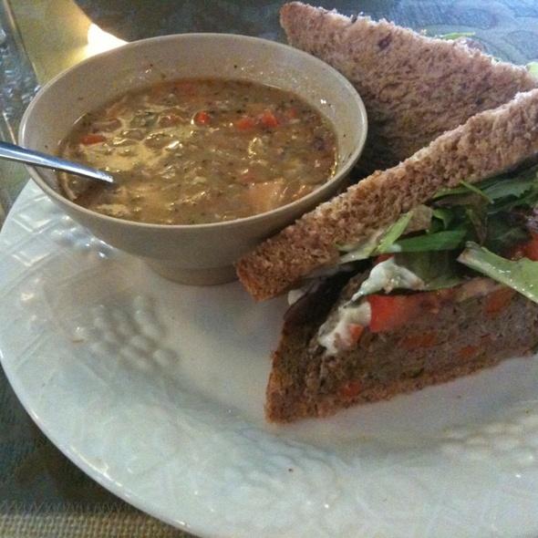 Thunderheart Bison Sandwich @ Somnio's Cafe