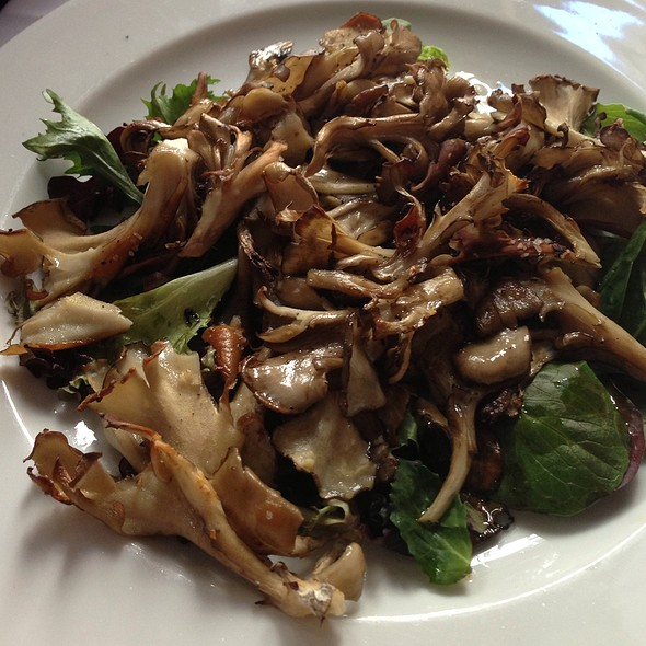 Hen of the Woods Mushrooms - Il Cantinori, New York, NY