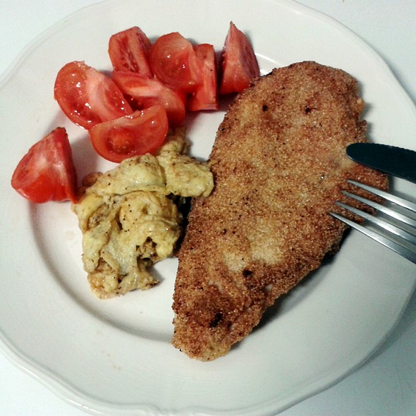 Chicken cachopo  @ Churchilita solita