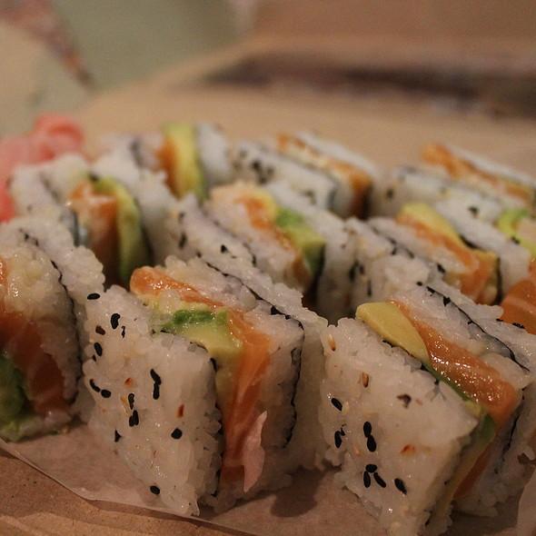 Salmon Roses and Fashion Sandwiches Maki Sushi @ Salushi Express