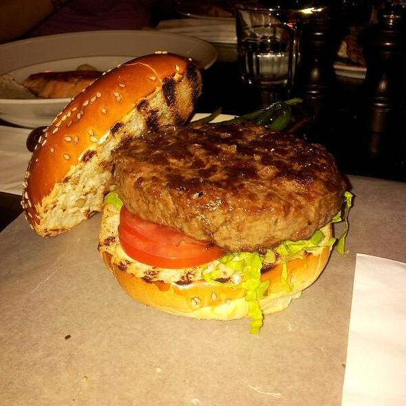 Burger @ Social Club