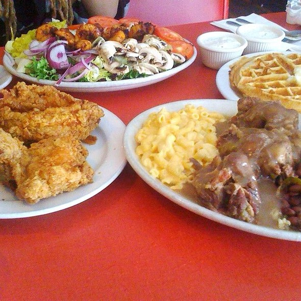 Lunch @ Hard Knox Cafe