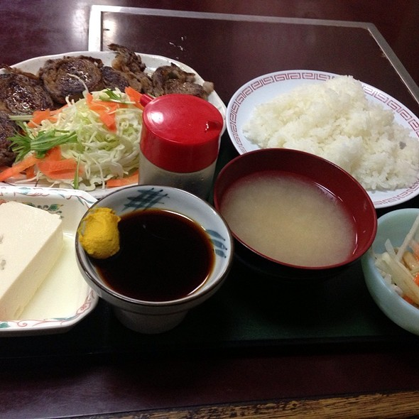 ロールステーキ定食 @ スタミナラーメン さわき 川内店