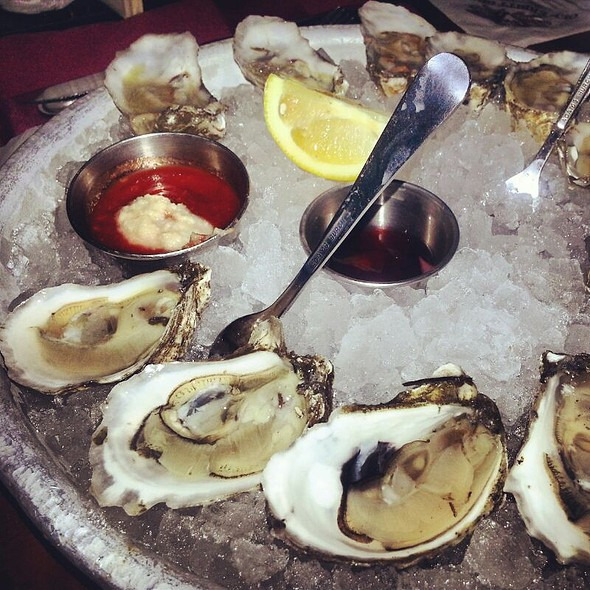 Half Price Wellfleet Oysters @ Old Ebbitt Grill