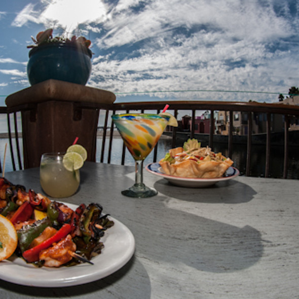 Prawn Skewers and Taco Salad on the beach!  - Margaritaville - Capitola, Capitola, CA
