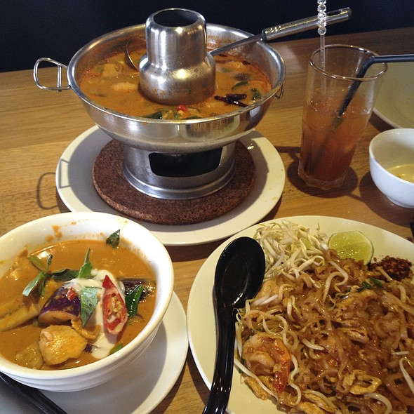 Absolute thai johor premium outlet menu foodspotting for Absolute cuisine