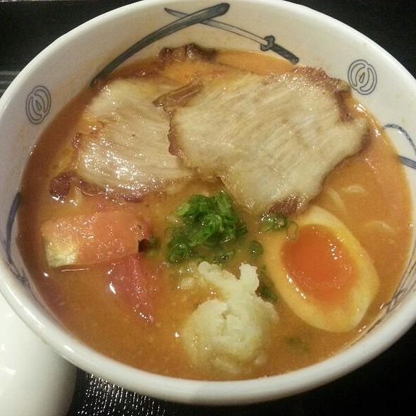 Tomato Ramen @ Menya Musashi