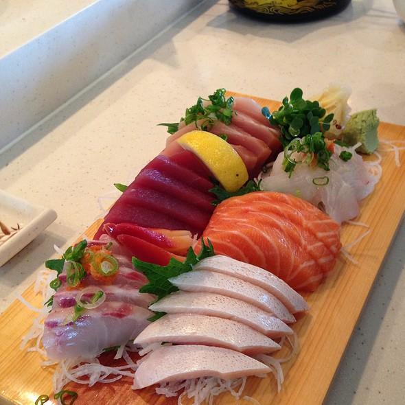 Sashimi Moriwase @ Sushi House