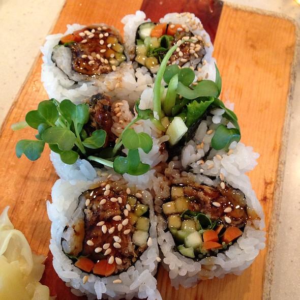 Alaska Roll @ Sushi House
